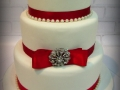 classic-red-satin-brooch-wedding-cake